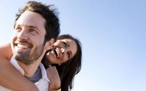 Психология: признаки влюбленности у мужчины и парня