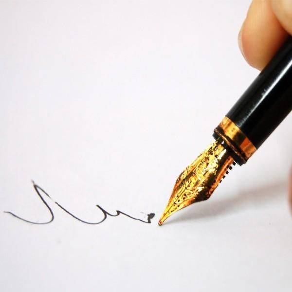 Как узнать по почерку характер человека? Разбираем пример почерка