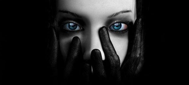 Страх темноты: причины, виды, как от него избавиться