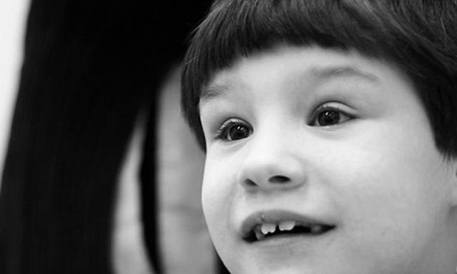 Особенности легкой умственной отсталости: причины и симптомы