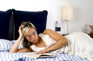 Бессонница: причины, как бороться с ней без лекарств