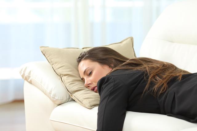 Что это такое нарколепсия: причины, симптомы и лечение